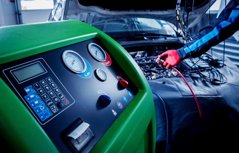 Ricarica climatizzatore | Panizzolo Peugeot Service